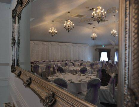 Wedding at the Holiday Inn Corby Manor Suite